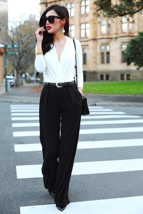 черные брюки с белой блузой для офиса