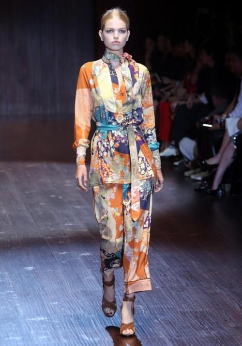 коллекция Gucci 2018  пестрый брючный костюм
