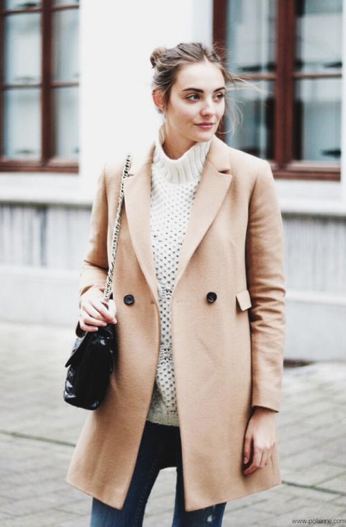 осеннее короткое пальто