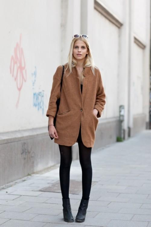 карамельное осеннее пальто