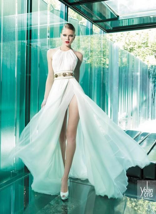 винтажное свадебное платье с полупрозрачной юбкой