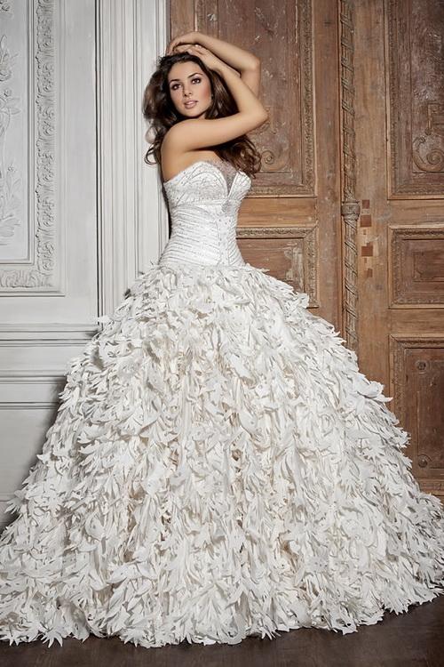 best authentic 25eca 67f6b Wo in Moskau billige Brautkleider?