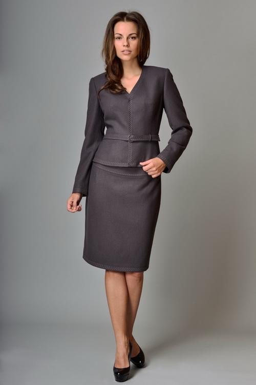Женские костюмы с юбкой