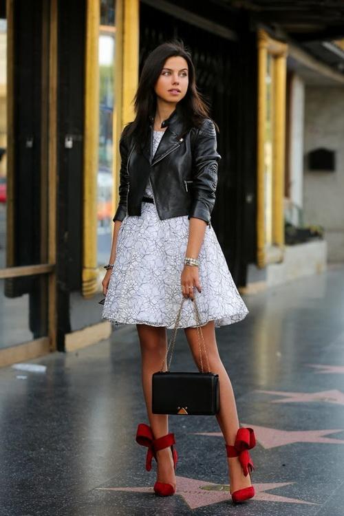 Кожаная куртка с платьем и юбкой