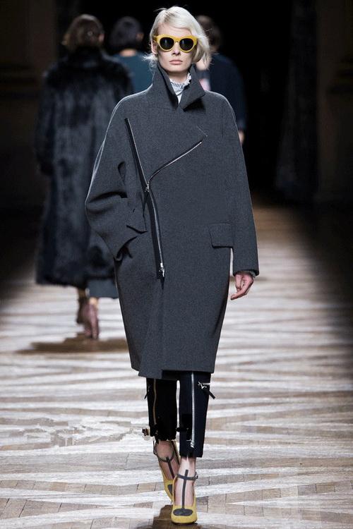 Пальто из кашемира, фото женских кашемировых пальто-2018 на осень модных фасонов