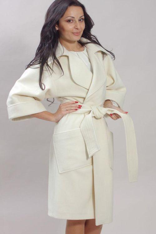 ba12fd3476d Пальто из кашемира бежевого и других классических оттенков