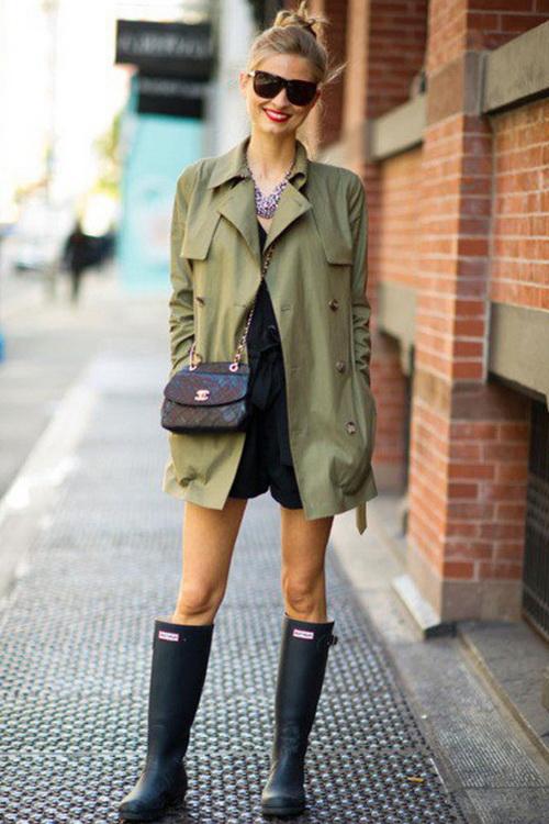 Как выбрать резиновые сапоги и с чем носить?